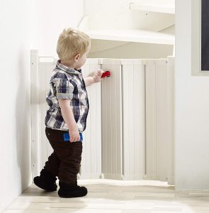 BabyDan Guard Me Retractable Safety Gate