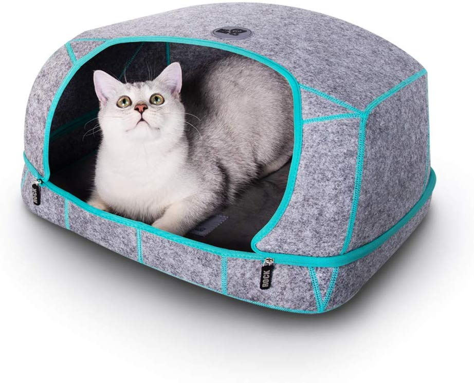 Cat care Heated cat bed