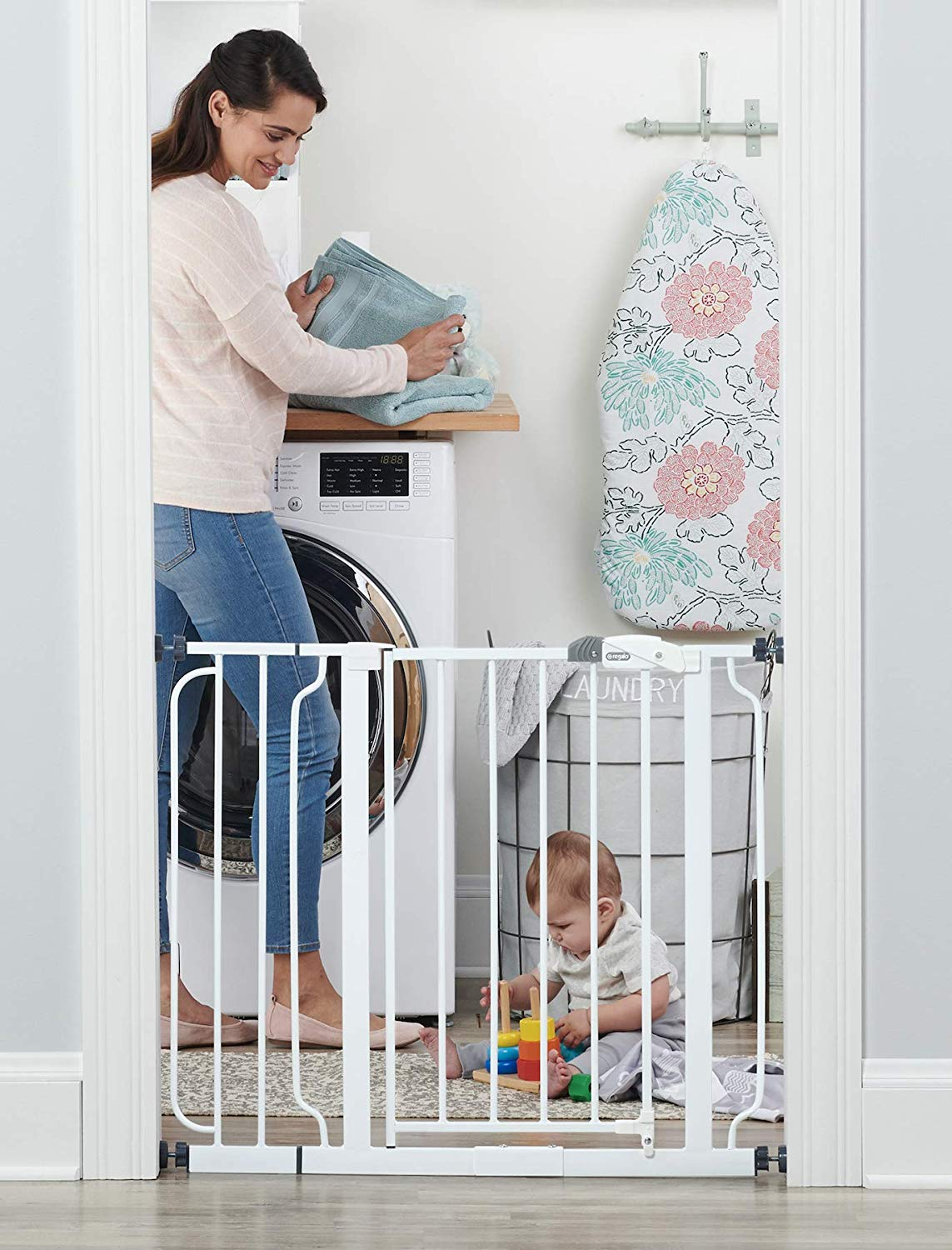 Regalo Easy Step 38.5-Inch Extra Wide Walk Thru Baby Gate