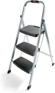 Rubbermaid RM-3W Folding 3-Step Steel Frame Stool for elderly