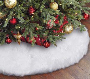 Snowy Faux Fur Christmas Tree Skirt by Eafion
