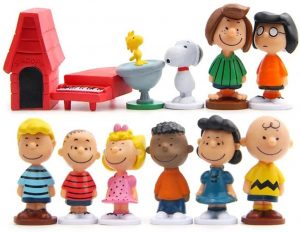 LW's Lovely Charlie Brown Characters Ornaments Collection